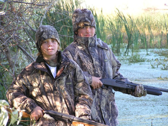 ILLINOIS:  Youth Hunt participants sought …  FREE!
