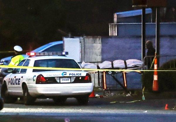 "GANG VIOLENCE, NOT ""GUN"" VIOLENCE:  Cincinnati nightclub gang violence kills 1, injures 15 more"