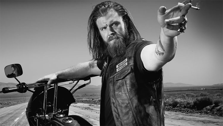 https://tribzap2it.files.wordpress.com/2014/10/ryan-hurst-bates-motel-sons-of-anarchy-fx.jpg?w=750&h=423