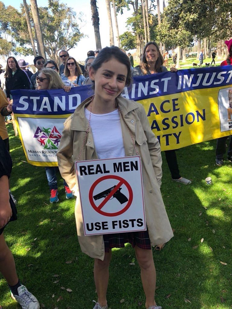 REAL-MEN-USE-FISTS-3 (1)