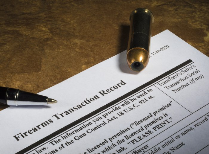 ATTENTION ILLINOIS GUN DEALERS: ISP to enforce Handgun Registry law